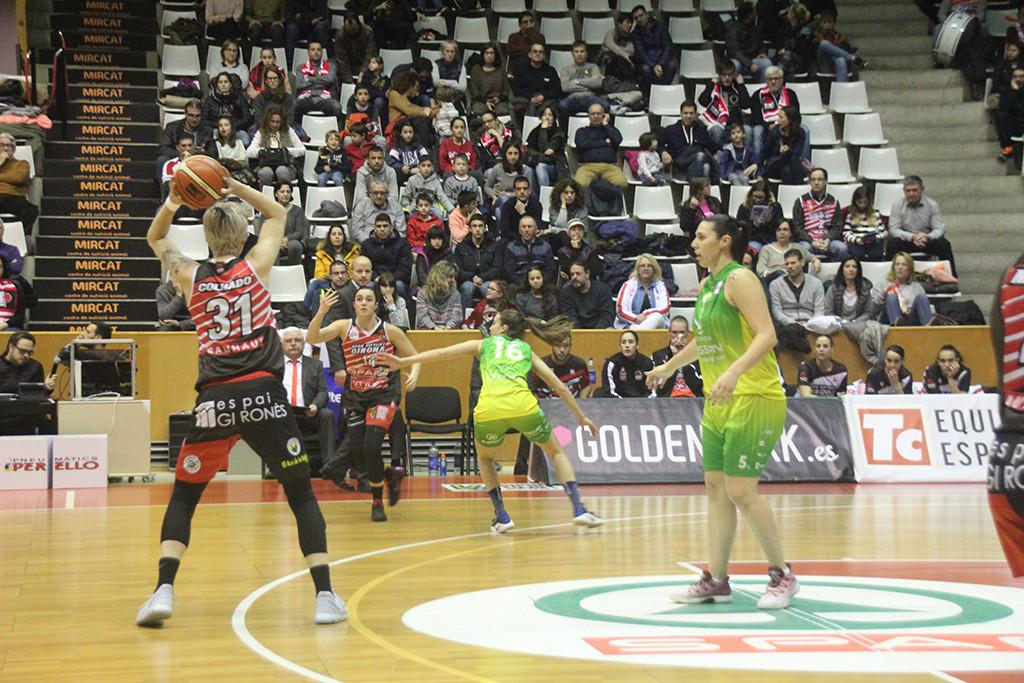 Spar Citylift Girona 74 - 60 Nissan Al-Qázeres