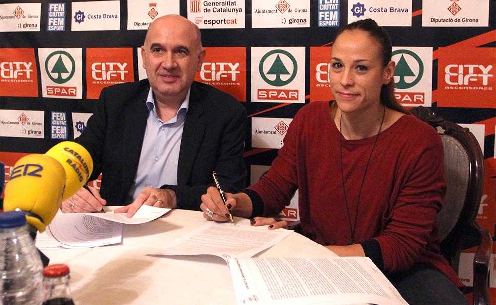 """Núria Martínez renova per dues temporades més """"per créixer junts amb l'Spar Citylift Girona"""""""