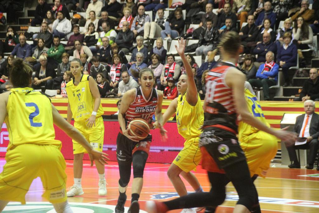 Spar Citylift Girona 72 - 60 Cadí La Seu