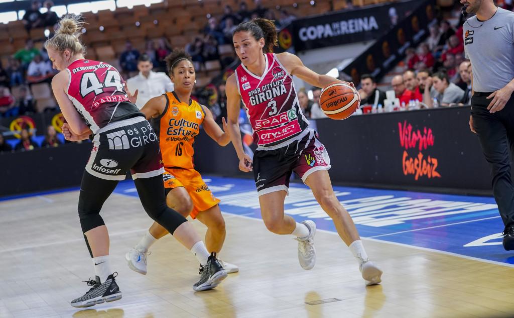 La defensa dóna el passi a semifinals (Spar Citylift Girona 52 – 49 València Basket)