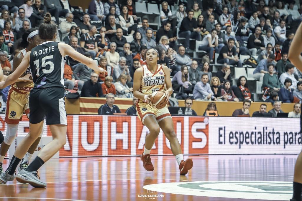 Helena Oma continuarà una temporada més vestint la samarreta de l'Spar Citylift Girona