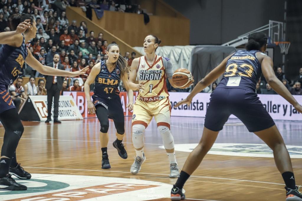 Núria Martínez, fora de les pistes per lesió.